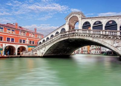 Rialto-bridge-Venezia